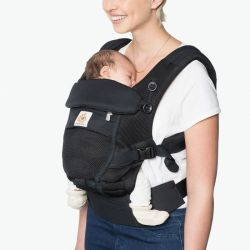 Ergobaby Nosítko ADAPT COOL AIR MESH Onyx Black